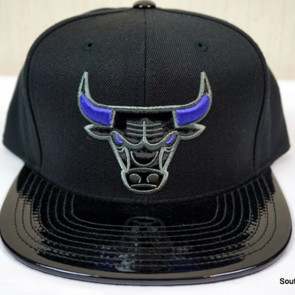76fbcc48b1b Mitchell & Ness Accessories | Mn Chicago Bulls Snapback Hat Space ...